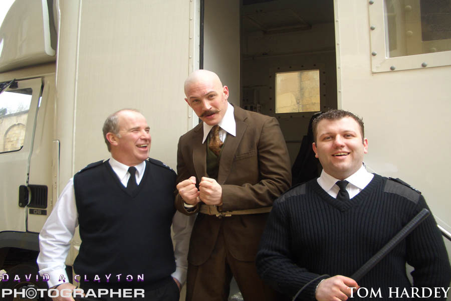 tom hardey on the set of Bronson